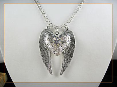 angel wing heat locket necklace