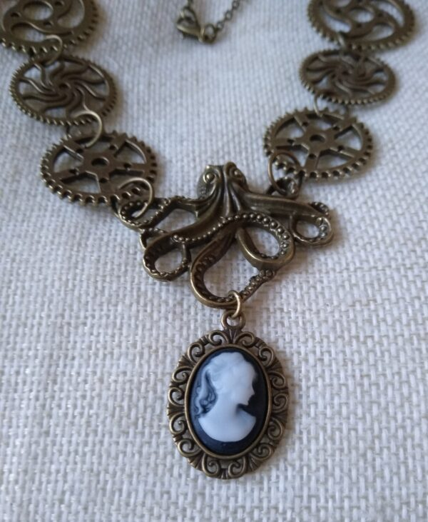 Handmade Stunning steampunk Octopus and Cameo Necklace