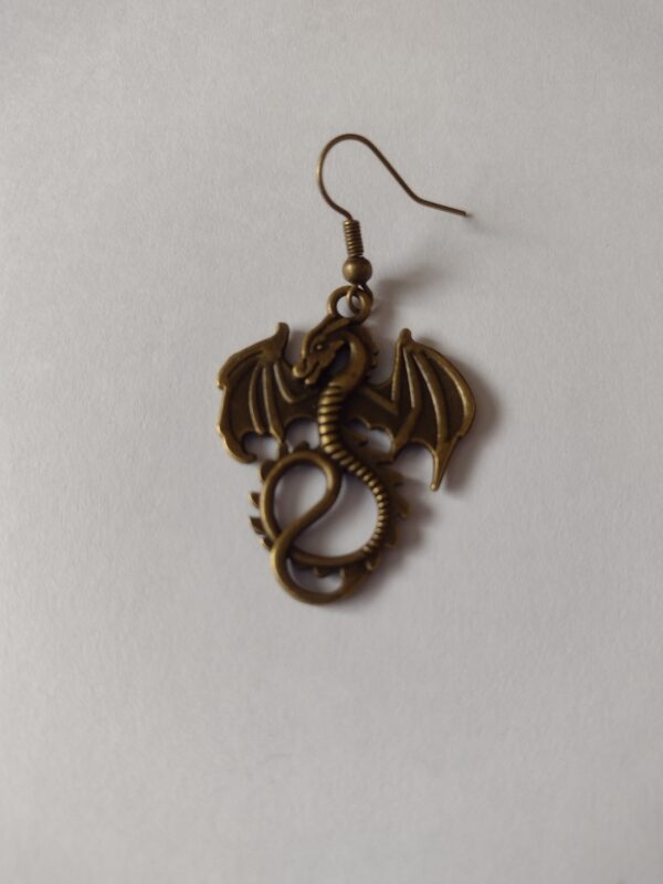 singlke dragon earrings