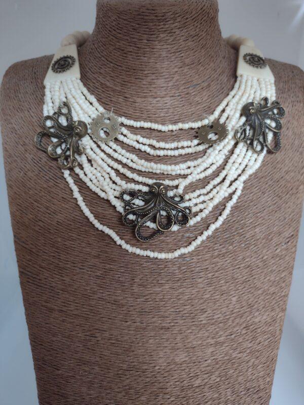 cream octopus chain